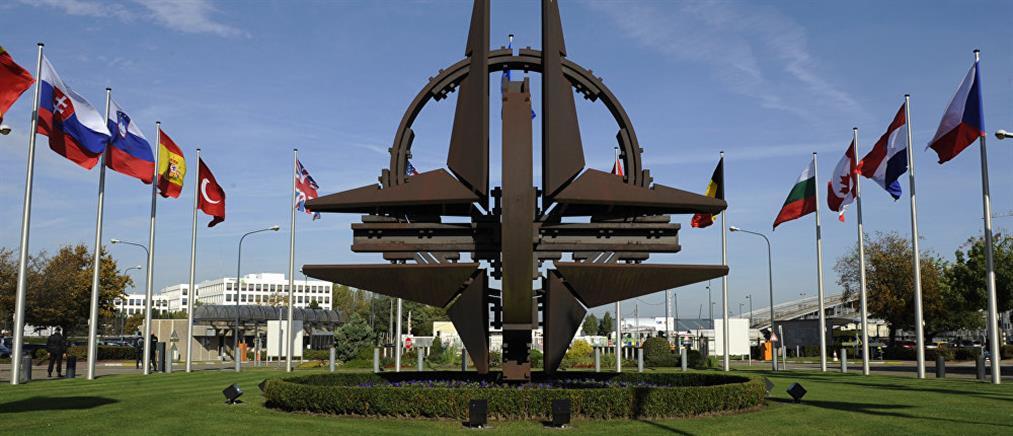 """ΝΑΤΟ: Ελλάς - Γαλλία σε """"συμμαχία"""" κατά Τουρκίας για την Λιβύη"""