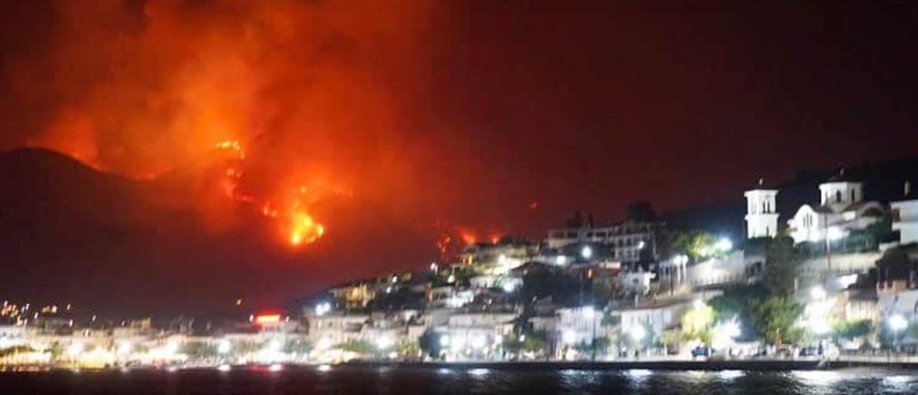 Φωτιά στην Φωκίδα: Δραματική έκκληση από τον Δήμαρχο
