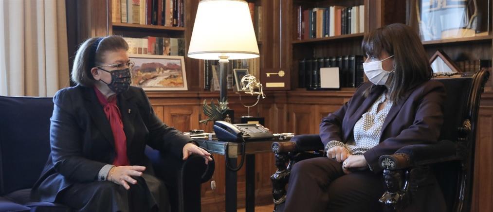 Σακελλαροπούλου - Μενδώνη: Στο επίκεντρο οι προτεραιότητες του υπουργείου Πολιτισμού