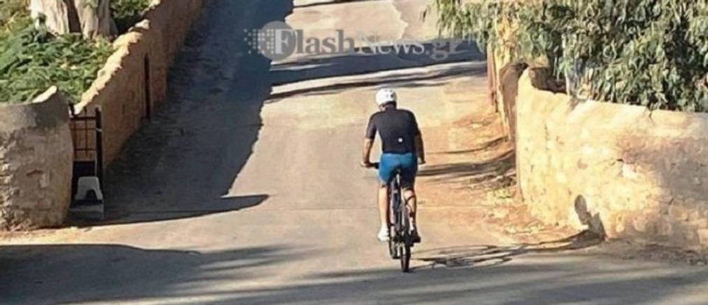 Μητσοτάκης: Βόλτα με ποδήλατο στα Χανιά (εικόνες)