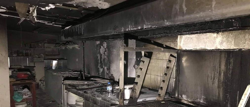 Στάχτη έγινε η κουζίνα εστιατορίου (εικόνες)