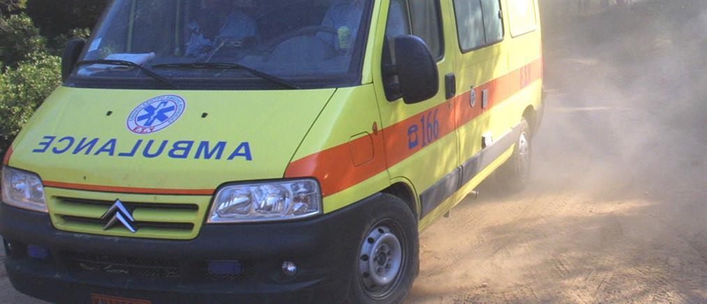 Σοβαρό τροχαίο! Αυτοκίνητο παρέσυρε μια γυναίκα και το παιδί  της στην Ποσειδώνος