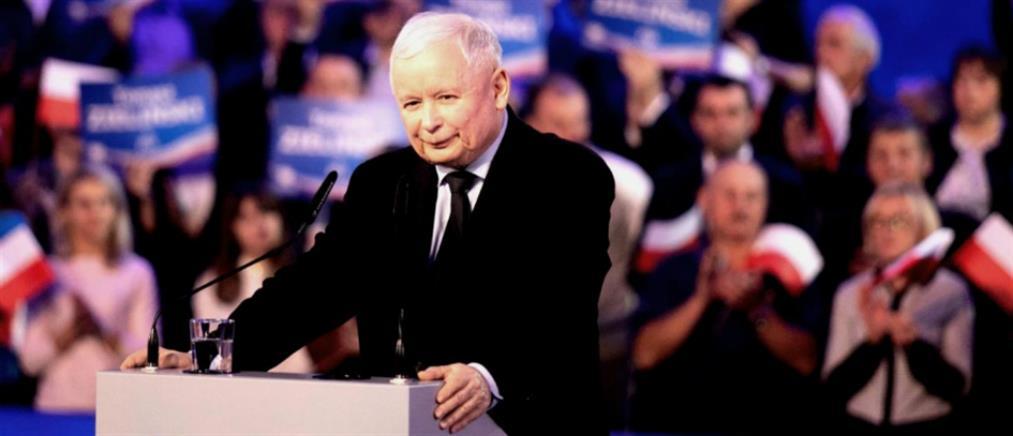 Πολωνία: Θρίαμβος του κυβερνώντος κόμματος στις εκλογές