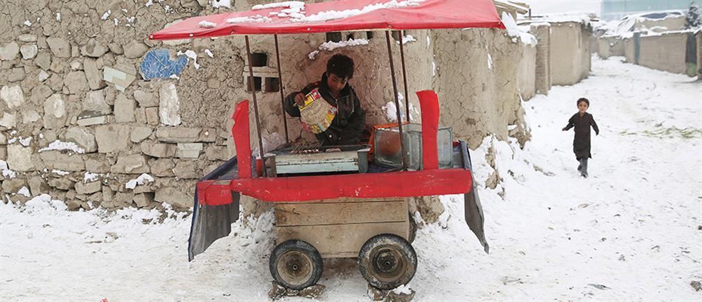 Φονικός χιονιάς σε Αφγανιστάν και Πακιστάν (εικόνες)