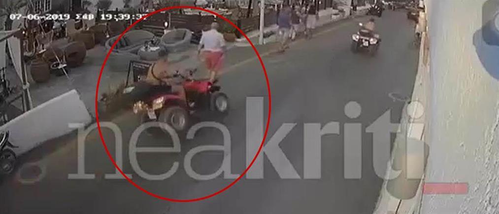 """Βίντεο-σοκ: """"Γουρούνα"""" παρασύρει τουρίστες (βίντεο)"""