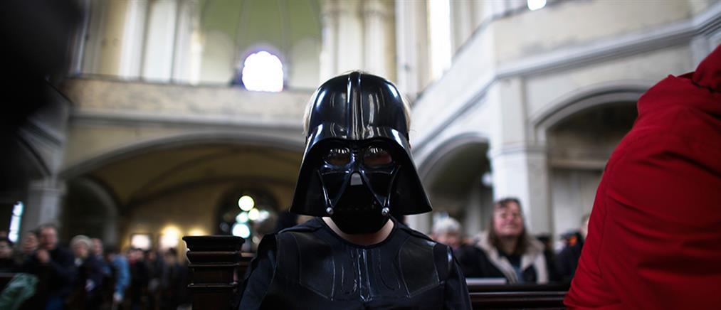 Star Wars: απόπειρα κλοπής για κράνος του Darth Vader