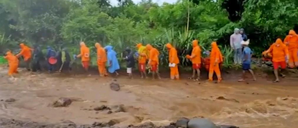 Ινδία: Στο έλεος του μουσώνα (εικόνες)