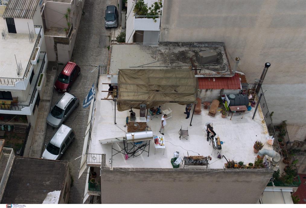 Πάσχα - ψήσιμο - ταράτσες - γειτονιές - gallery