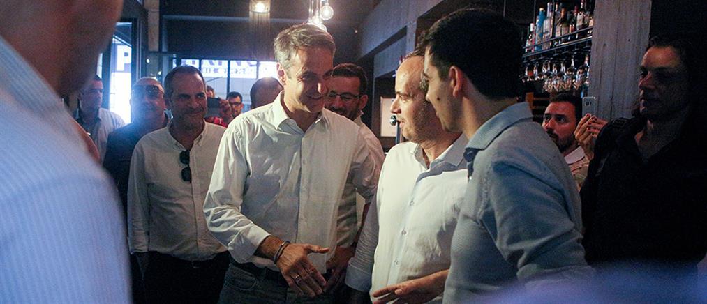 Εκλογές 2019: Σε καφέ στο Παγκράτι ο Μητσοτάκης (εικόνες)