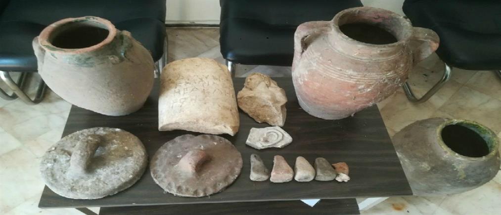 """Αρχαιοκάπηλοι είχαν στην κατοχή τους ολόκληρο """"θησαυρό"""""""