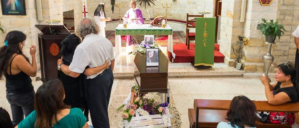 """Κύπρος: Θρήνος και οργή στις κηδείες δύο εκ των θυμάτων του """"Ορέστη"""" (εικόνες)"""