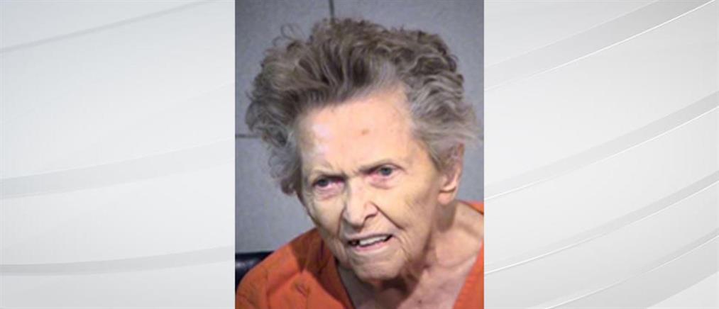 Σκότωσε τον γιο της επειδή ήθελε να την στείλει στο γηροκομείο!