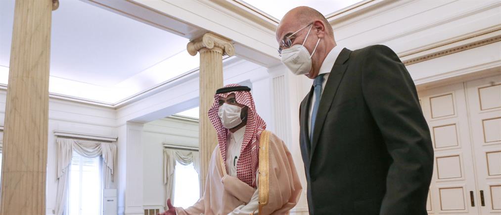 Δένδιας: Διπλωματικός μαραθώνιος για την αποκλιμάκωση στη Μέση Ανατολή