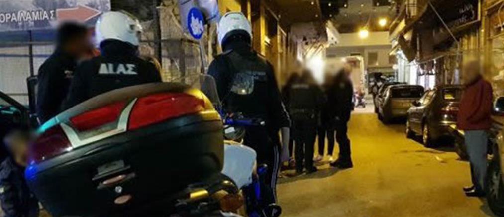 Σύλληψη νεαρού που χτυπούσε δημοσίως την έγκυο γυναίκα του (εικόνες)