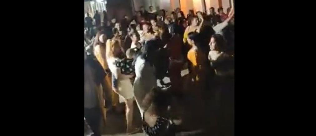 Νέο τρικούβερτο γλέντι έστησαν Ρομά (βίντεο)