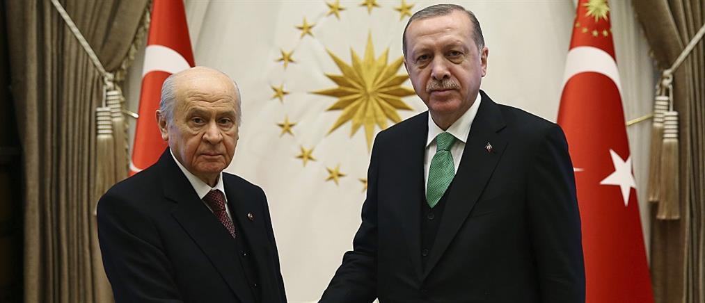 Στις κάλπες η Τουρκία μέχρι να… εκλεγεί ο Ερντογάν