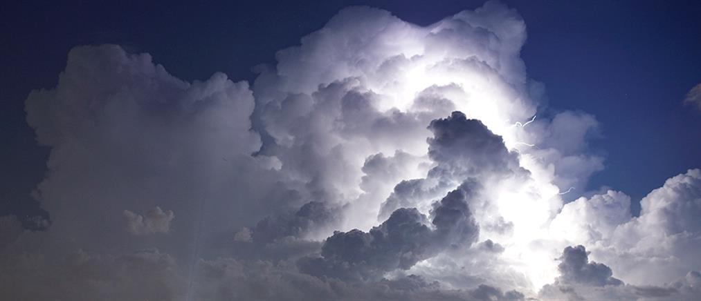 Καιρός: Συννεφιές και τοπικές καταιγίδες το Σάββατο