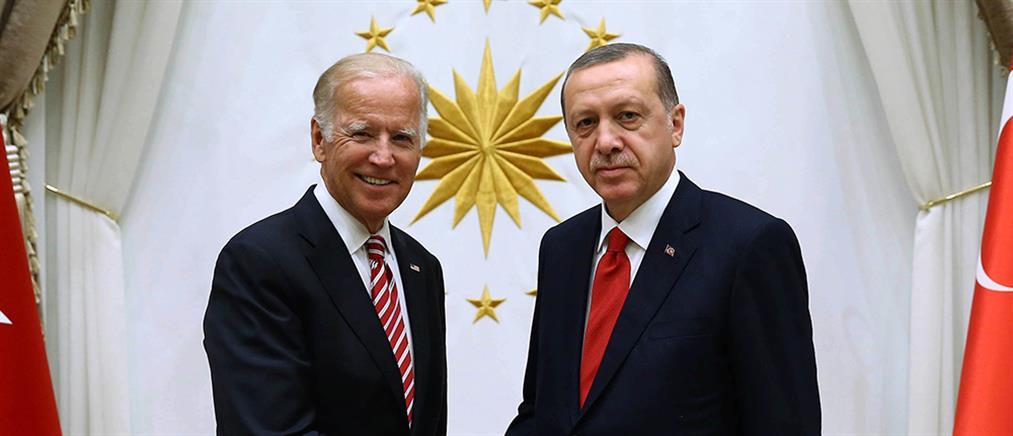 """""""Τούρκος"""" ο Ερντογάν με Μπάιντεν για τη Γάζα: Έβαψες τα χέρια σου με αίμα"""
