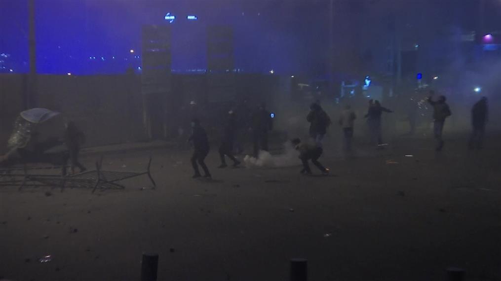 Χάος διαδηλώσεων στο Λίβανο