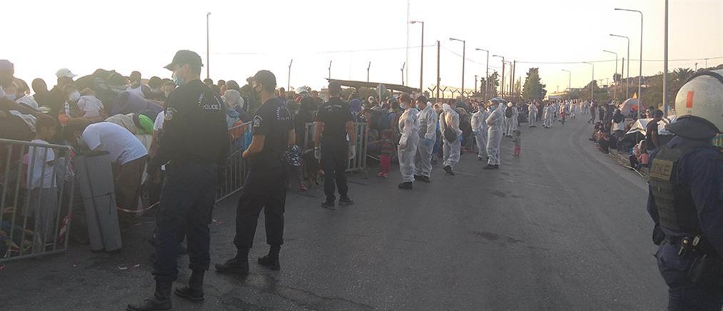 Συνεχίζεται η επιχείρηση της Αστυνομίας στο Καρά Τεπέ (εικόνες)