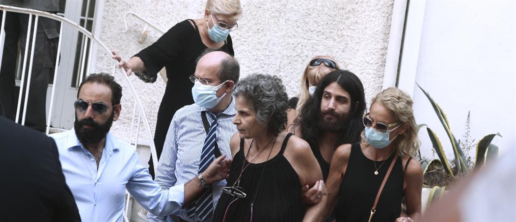 Μαργαρίτα Θεοδωράκη - Νίκος Κουρής: Η απόφαση του δικαστηρίου για το όνομα