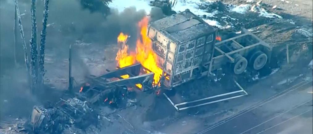 """Έκρηξη σε φορτηγό που """"πάτησε"""" αγωγό αερίου (εικόνες)"""