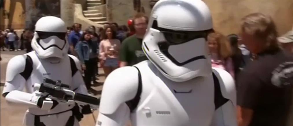 """Αυλαία για το Πάρκο """"Star Wars"""" της Disney (βίντεο)"""
