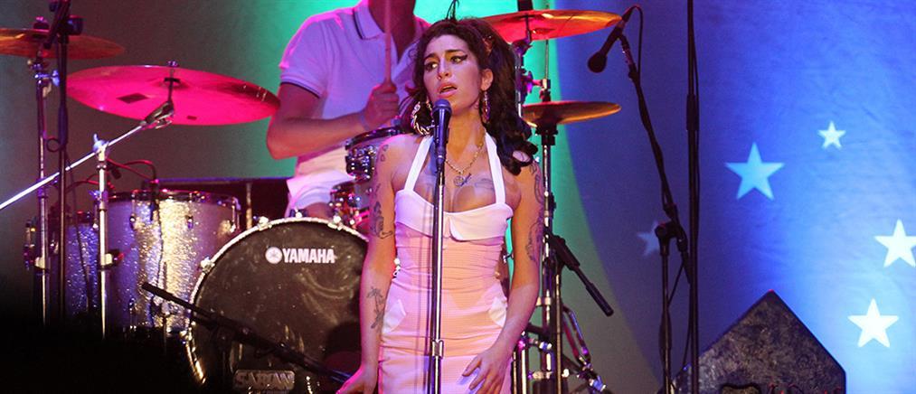 Amy Winehouse: Ντοκιμαντέρ μέσα από τα μάτια της βαφτισιμιάς της