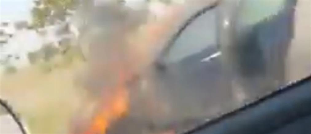 Στις φλόγες αυτοκίνητο στην Εθνική Οδό (βίντεο)