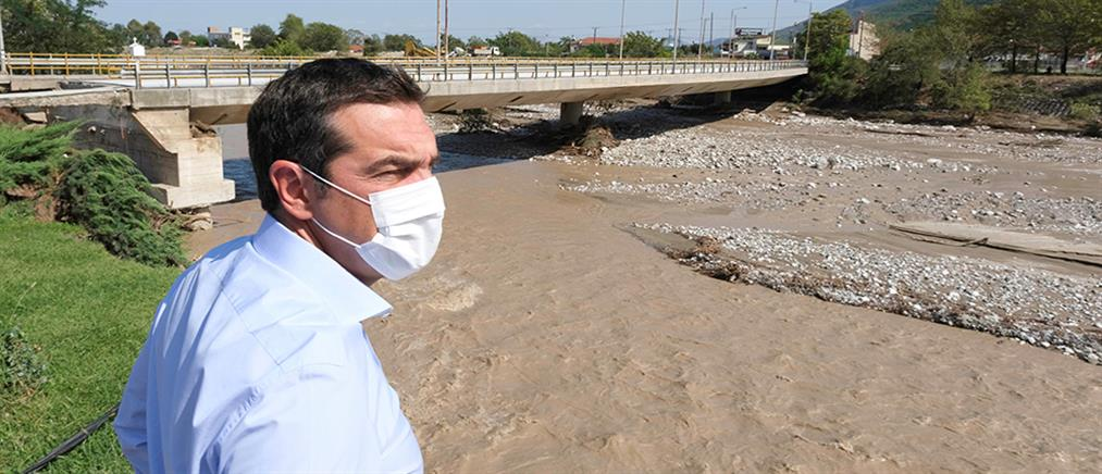 """Τσίπρας: Ολική καταστροφή στην Καρδίτσα – """"Ασπιρίνες"""" οι ανακοινώσεις της κυβέρνησης"""