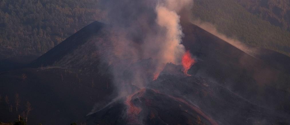 """Ηφαίστειο - Λα Πάλμα: """"Φούσκωσε"""" το ποτάμι της λάβας (εικόνες)"""