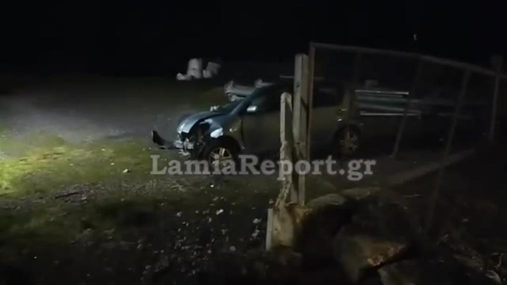 Τροχαίο με ανατροπή αυτοκινήτου στα Καμένα Βούρλα