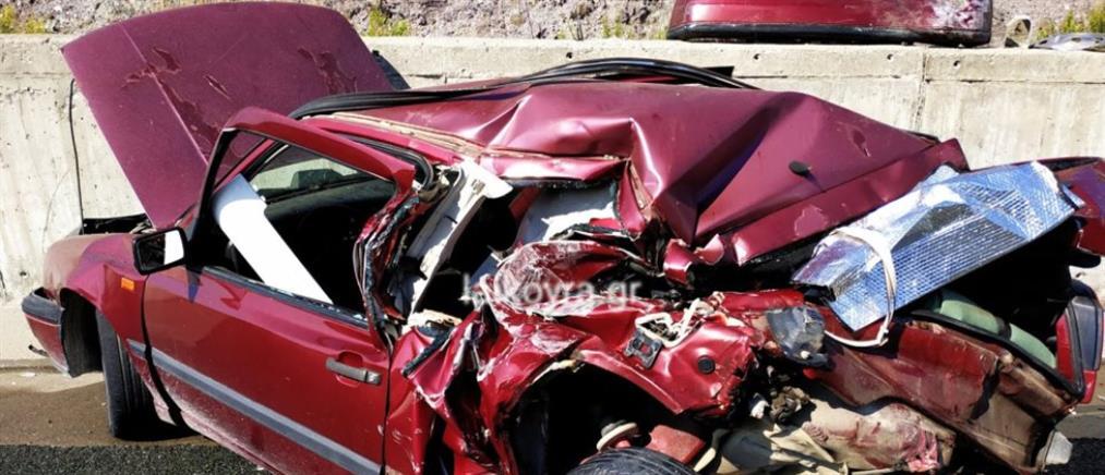 Τροχαίο δυστύχημα στην Εγνατία Οδό: Φορτηγό έπεσε σε σταματημένο ΙΧ στην ΛΕΑ (βίντεο)