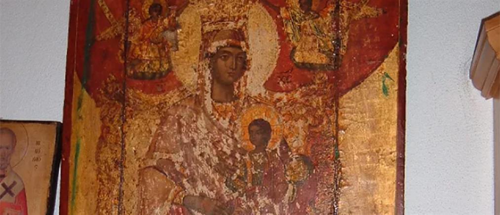 """Ιερόσυλοι έκλεψαν """"θησαυρό"""" από το παρεκκλήσι των Αγίων Αποστόλων (εικόνες)"""