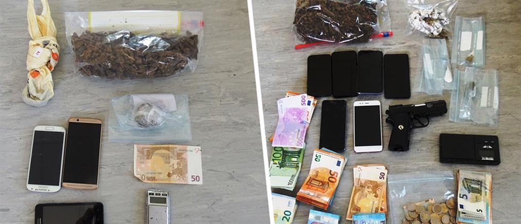 Συλλήψεις για όπλα και ναρκωτικά στο Περιστέρι