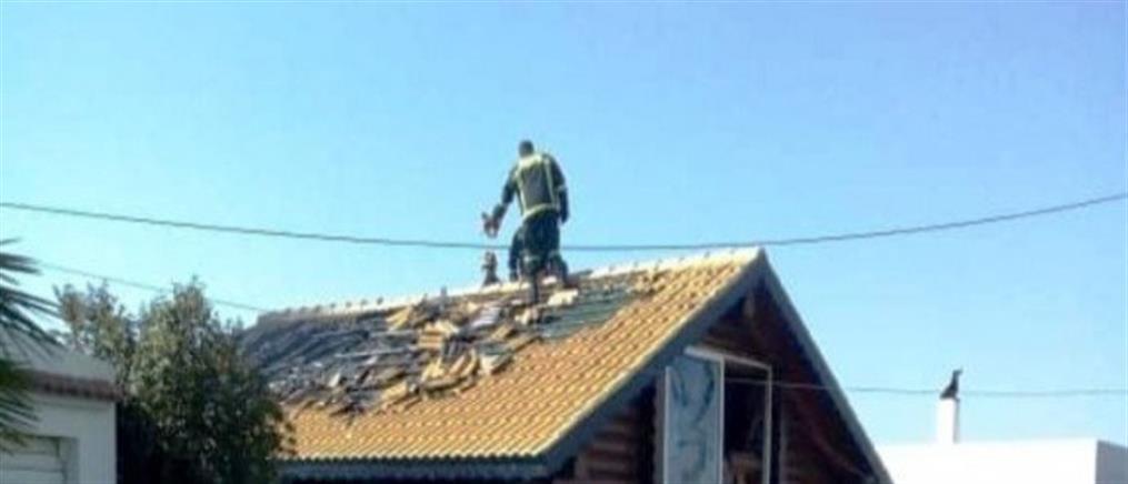Αποκόρωνας: φωτιά σε ξύλινο σπίτι (εικόνες)