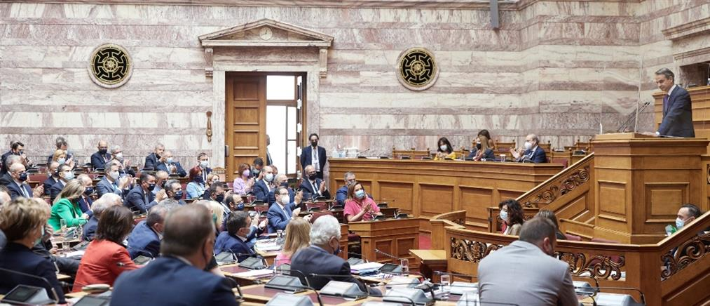 Εργασιακό νομοσχέδιο: Στα ύψη οι τόνοι στη Βουλή
