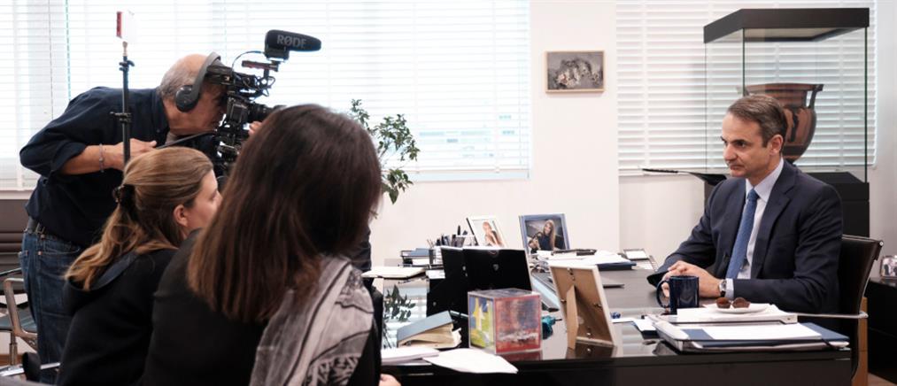 Μητσοτάκης στο Reuters: Θα επιστρέψω στην μεσαία τάξη όσα της πήρε ο Τσίπρας
