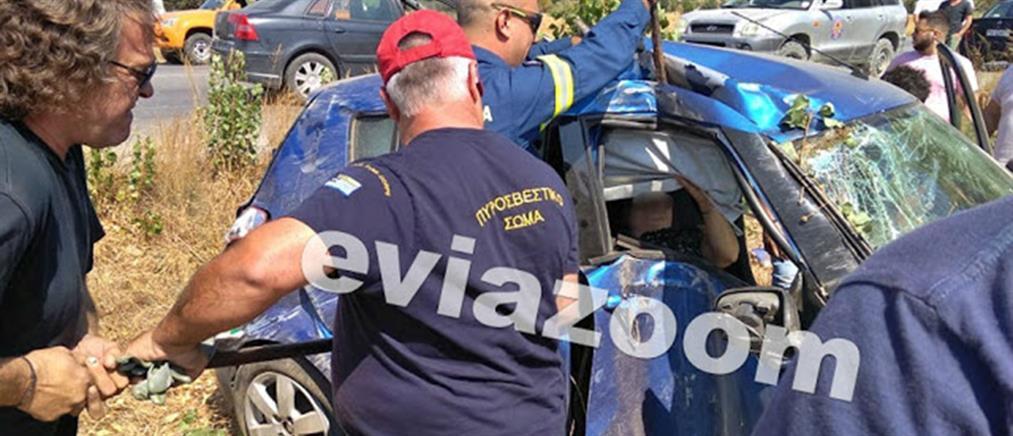 Τραγωδία με ζευγάρι: νεκρή σε τροχαίο η γυναίκα (εικόνες)