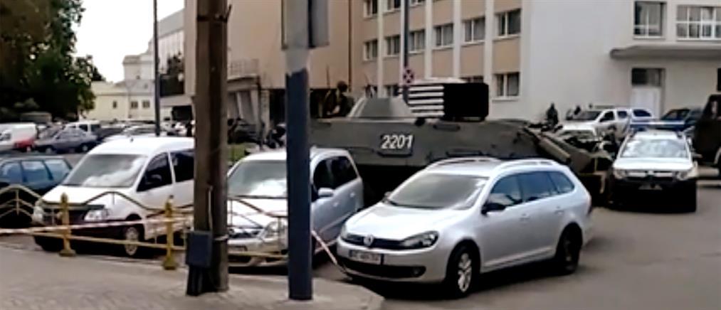 Ουκρανία: Ομηρία σε λεωφορείο από ένοπλο