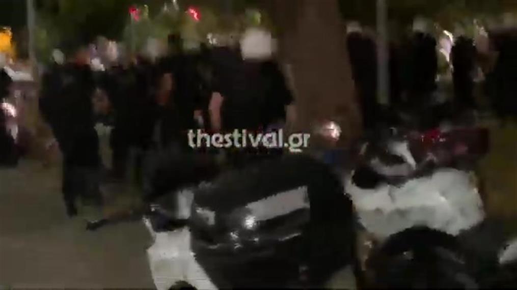 Συμπλοκή αστυνομικών με αντιεξουσιαστές στη Θεσσαλονίκη
