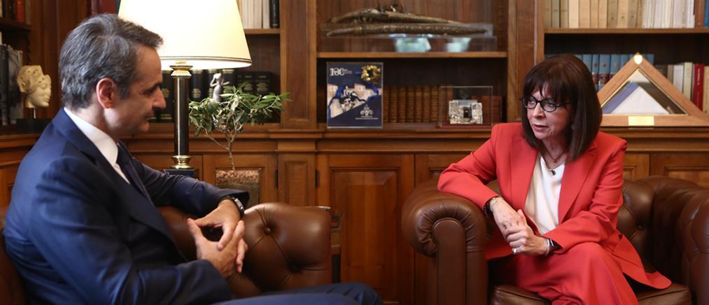 Μήνυμα αποφασιστικότητας από Σακελλαροπούλου - Μητσοτάκη στην Τουρκία