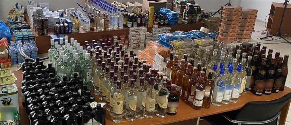 Ξάφριζαν καταστήματα με ποτά και τρόφιμα και τα μεταπουλούσαν (εικόνες)