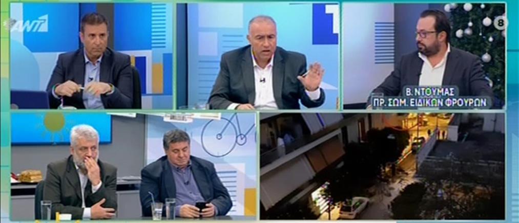 Άγρια κόντρα για την τακτική των αστυνομικών στο Κουκάκι (βίντεο)