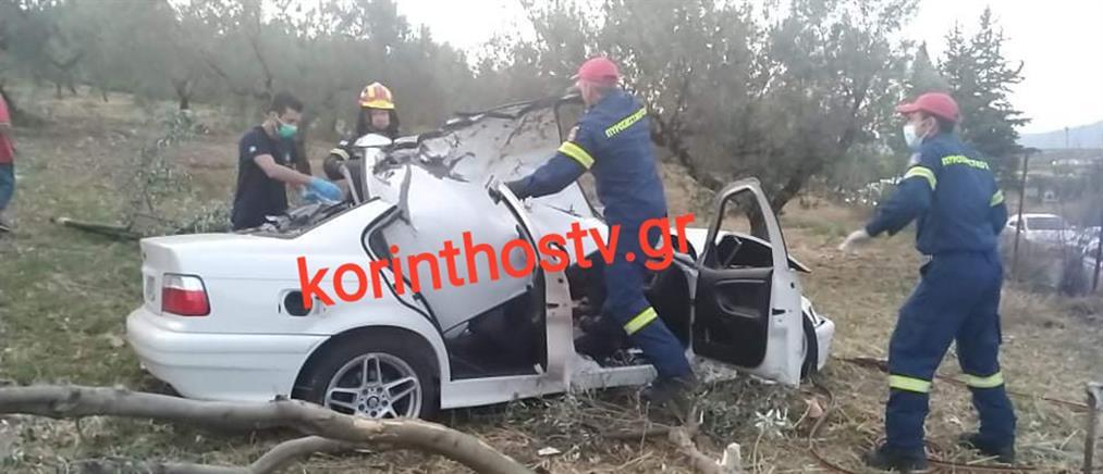 Τροχαίο στην Κορινθία: Νεκρός απεγκλωβίστηκε οδηγός (βίντεο)