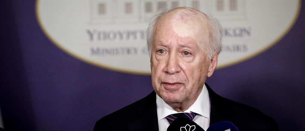 """Νίμιτς: υπάρχουν ζητήματα στην εμπορική χρήση του ονόματος """"Μακεδονία"""""""