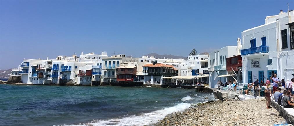 """Μύκονος: """"Λουκέτο"""" σε γνωστό beach restaurant"""