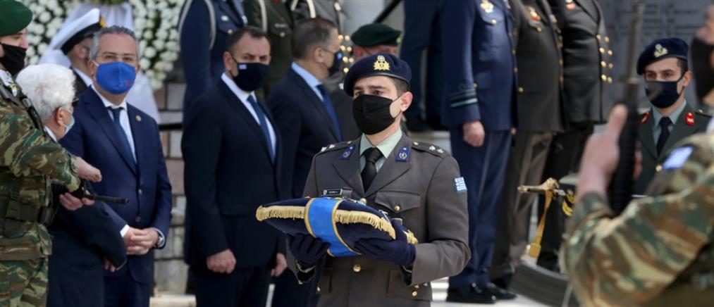 Ιάκωβος Τσούνης: Με στρατιωτικές τιμές η κηδεία του υποστρατήγου Επί Τιμή (εικόνες)