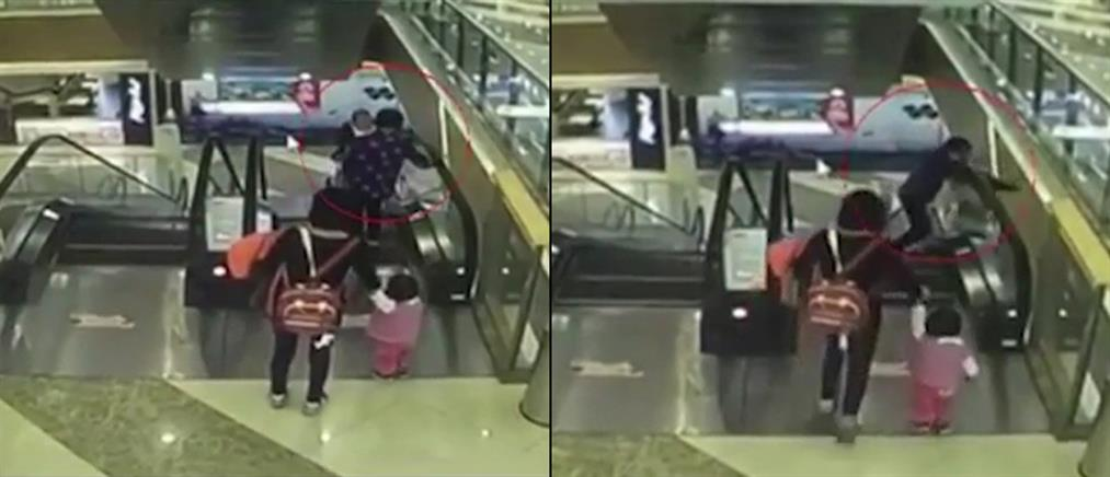 Βίντεο-σοκ: Τραγικός θάνατος βρέφους σε κυλιόμενες εμπορικού κέντρου