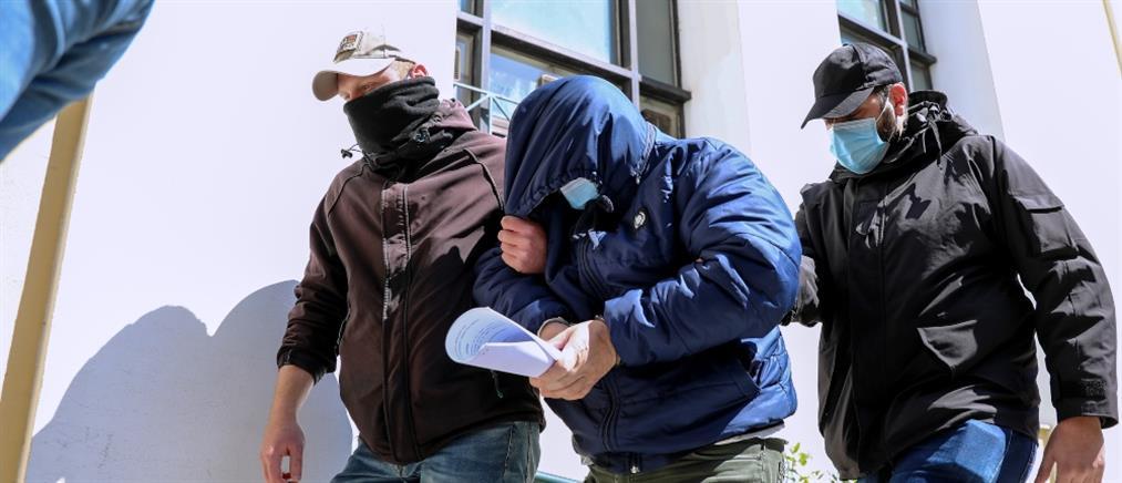 Κλοπή από θυρίδες: καταθέσεις φωτιά για τον 58χρονο